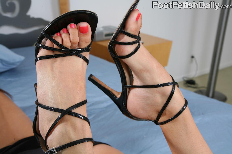 high heel worship