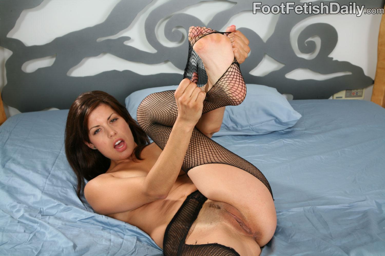 Marlena daily foot fetish