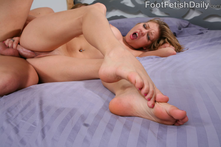 Nicole ray foot fetish shaking, support